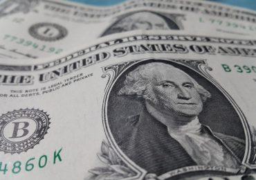 Эксперты прогнозируют падение доллара США