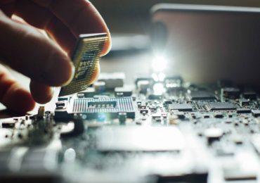 США нанесли удар по технологическому сектору Китая